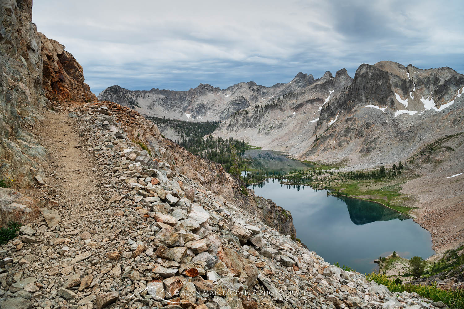 Alice-Toxaway Lakes Loop Trail Sawtooth Mountains