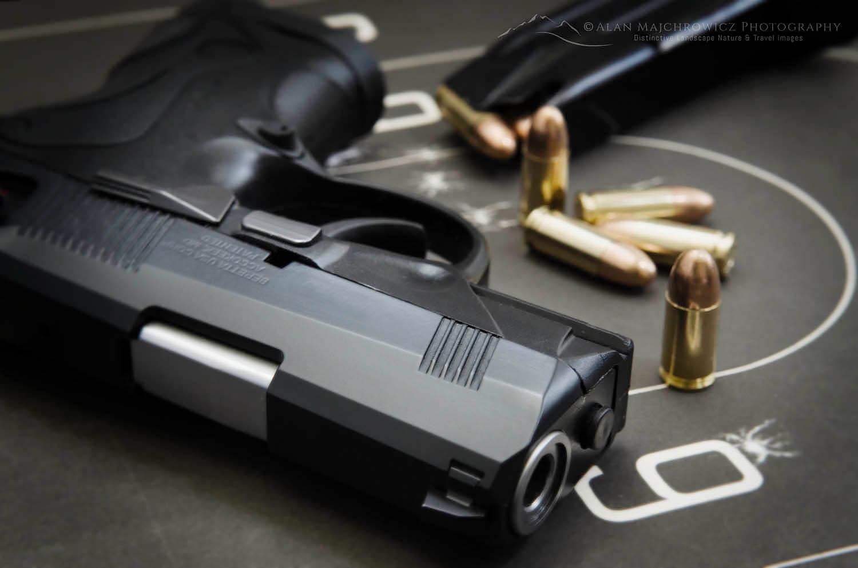 Beretta PX4 Storm semi-automatic pistol with 9mm ammunition